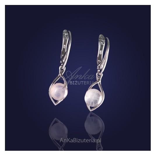 Biżuteria srebrna - Modne kolczyki srebrne z różowym kwarcem.