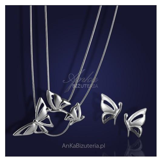 """Trzy motylki""- srebrny rodowany komplet kolczyki i naszyjnik."