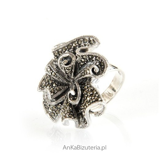 Pierścionek srebrny z markazytami - unikat w rozmiarze 11