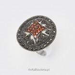 Barokowy efektowny duży srebrny pierścionek z markazytami i czerwoną cyrkonią - 16