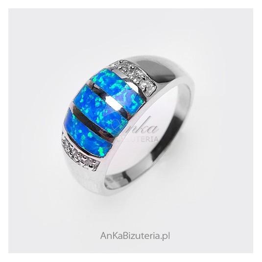 Obrączka srebrna z opalem- wytworna biżuteria- rozmiar 17