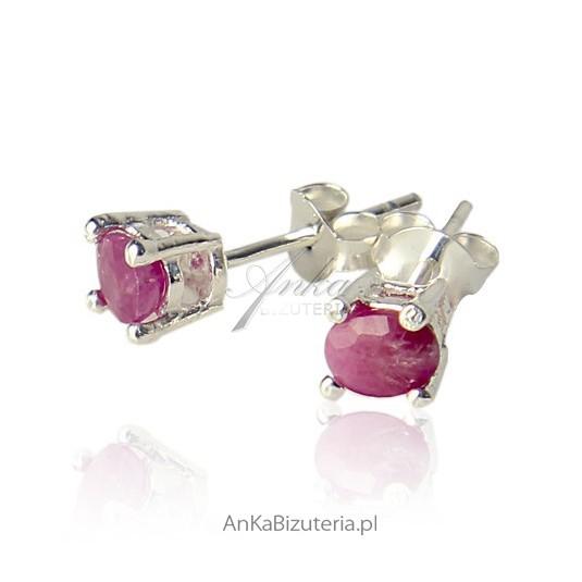 Srebrne kolczyki z rubinem - w kolorze amarantu, różu, fioletu.