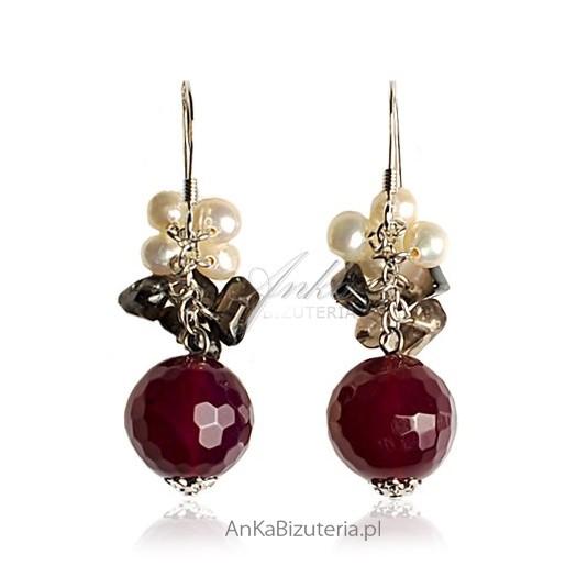 Romantycznie - Kolczyki srebrne z naturalnymi kamieniami: agatem, kwarcem dymnym i perłami .