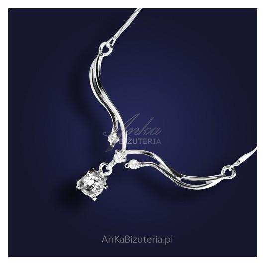 Kolia srebrna z cyrkoniami z rodowanego srebra.