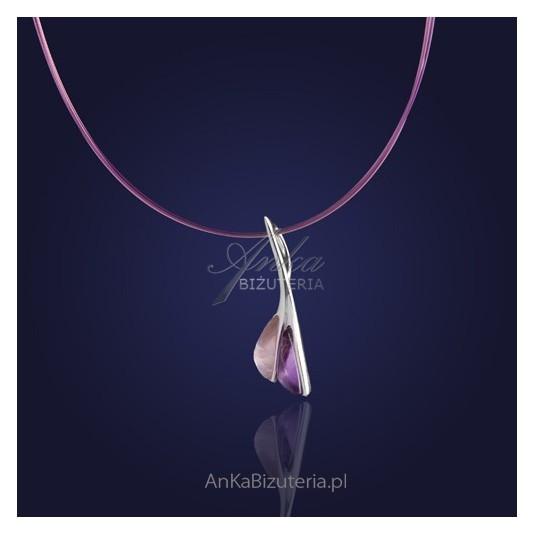 Szykowna kolia srebrna z przepięknym fioletowym ametystem i kryształem górskim.