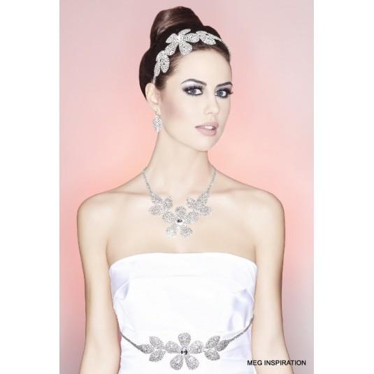 Kolia i kolczyki - Wyjątkowo piękna i zdobna biżuteria.