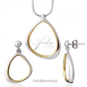 komplet biżuterii kolczyki z zawieszką
