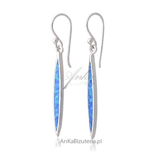 Kolczyki z niebieskim opalem -srebre rodowane