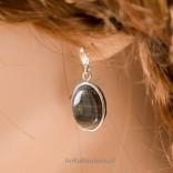 Wyjątkowo kobiece - kolczyki srebrne z naturalnym kamieniem - krzemieniem pasiastym