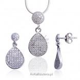 Piękny komplet srebrny rodowany z cyrkoniami osadzanymi jak brylanty.