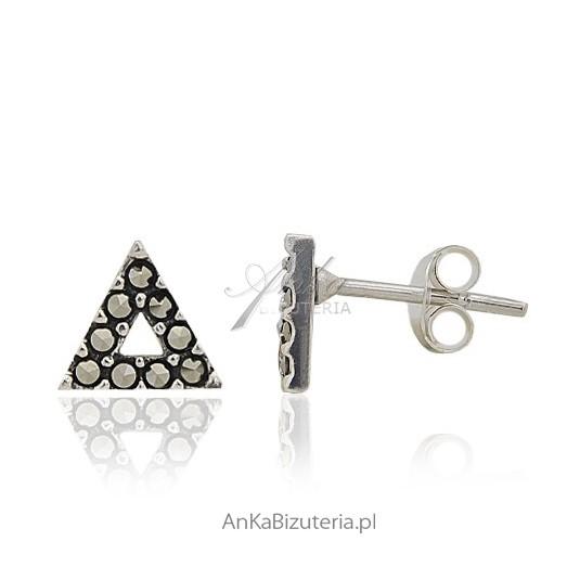 Kolczyki srebrne z markazytami - wkrętki - w kształcie trójkąta