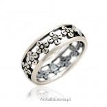 Pierścionek srebrny - obrączka ażurowa w kwiatki