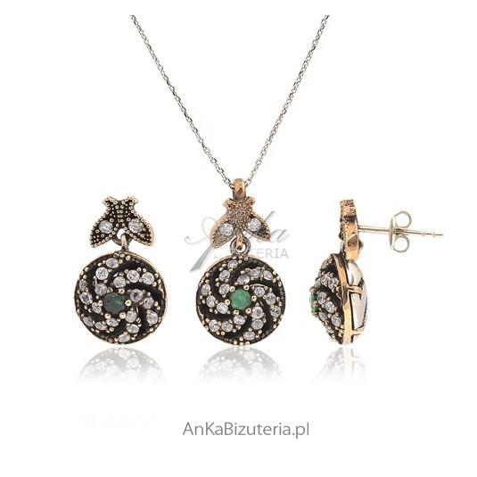 Kolekcja Wiedeńska - srebrny komplet pozłacany z szmaragdem