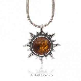 Srebrne słoneczko z bałtyckim bursztynem z inkluzjami - wisiorek