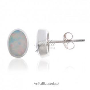 Kolczyki z opalem - srebrne rodowane z białym opalem