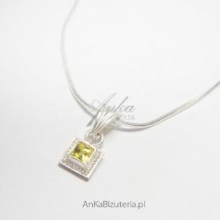 Biżuteria dla Pań - Wisior srebrny z cyrkoniami