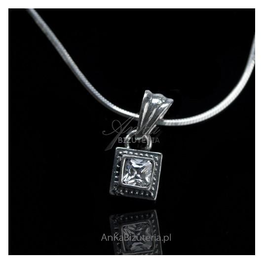 WISIOR srebrny z białą cyrkonią