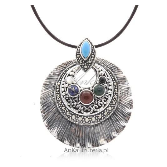 Wisior srebrny z naturalnymi kamieniami Biżuteria Vintage