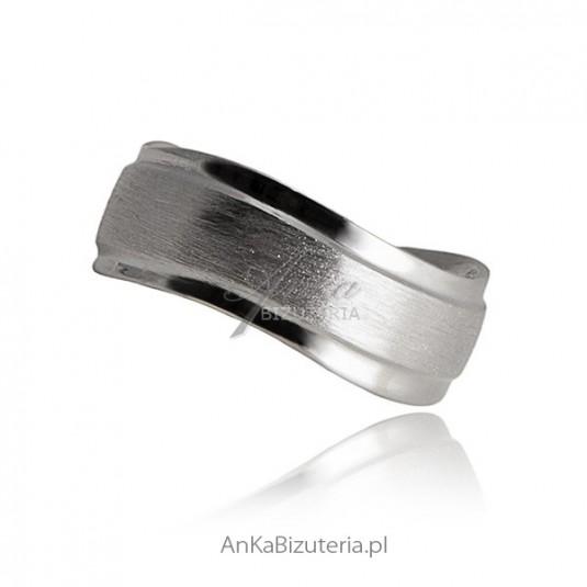 Obrączka srebrna rodowana diamentowana Biżuteria dla par